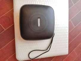 Philips potable speaker, Brand Philips, Model no BT2505B/94