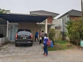 Dijual Rumah Tinggal Kompleks Perumahan, Asri, Nyaman dan Aman