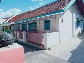 Dijual cepat dan murah rumah asri ditengah kota