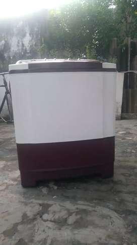 LG washing machine basic model wash and spin