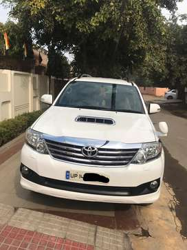 Toyota Fortuner 2.8 4X2 AT, 2012, Diesel