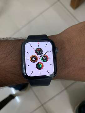 APPLE WATCH SERIES 5 44 mm GPS Only