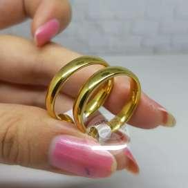 Cincin couple titanium emas polos anti karat