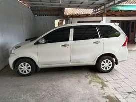 Toyota Avanza E putih 2014