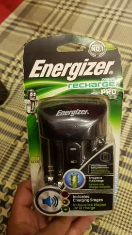 Energizer digital cell charger