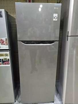 Kulkas 2 pintu LG inverter