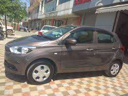 Tata Tiago XT 2017 only 13000 kms driven