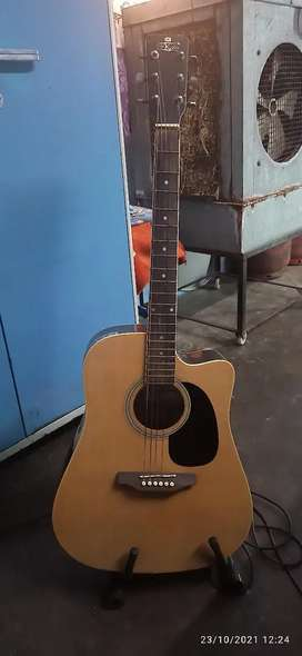 Guitar for those who wants to decorate house
