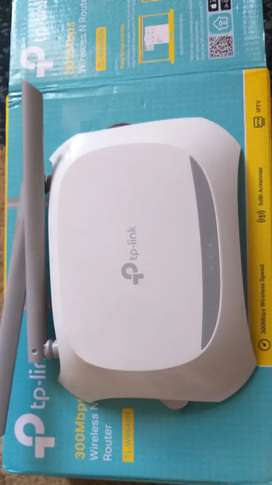 Wi-fi  tP- Link Router (300MBPs)