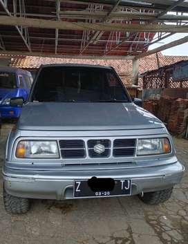 Suzuki Escudo Nomade  (2000)