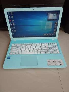 Laptop Asus X540S kondisi mulus dan normal
