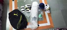 Puma originals•cricket kit bag with all accessories• in low cost