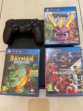Ps4 slim (1tb) with games