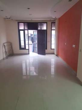 Wadhwa  Property, 3bhk, Apartment for rent at PALM ROYAL.