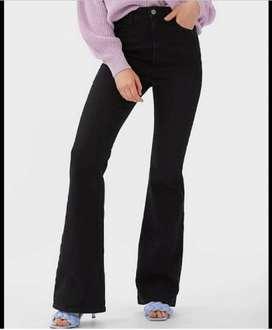 Jeans hitam cutbray stradi 38 size M