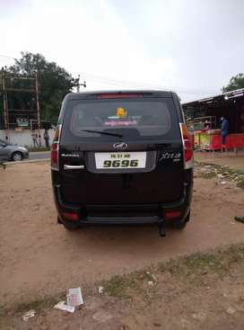 Mahindar xylo E8 top model