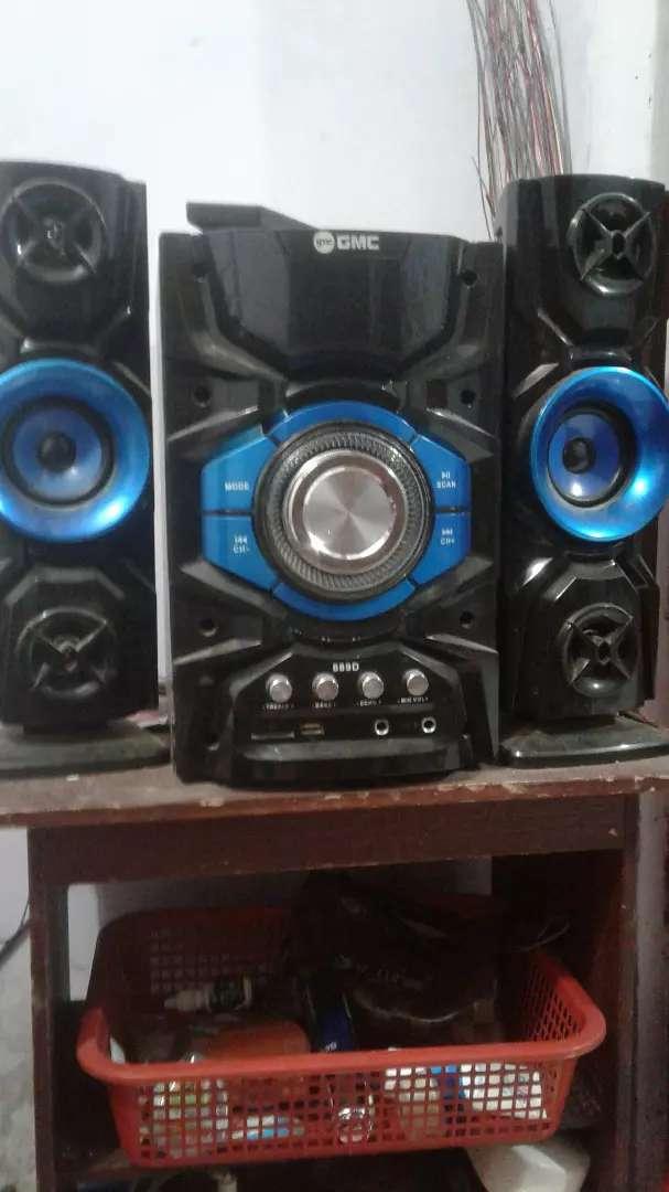 Dijual tv LED sharp 32 inch dan speaker aktif GMC (borongan ajha) 0