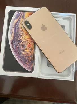 IPhone 10s Max Gold 256GB gently used