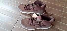Sepatu 42 weinbrenner