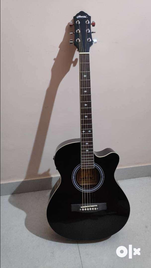 Hertz Semi Acoustic Guitar HZA 4000 (Excellent condition)