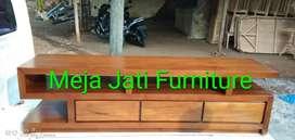 Meja tv solid kayu jati C831 kode
