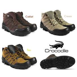 Sepatu Safety Boots Crocodile