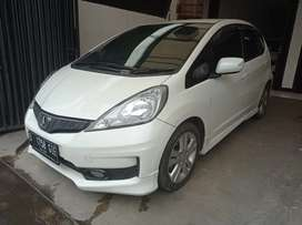 HONDA JAZZ RS AT 2012 LOW KM LANGKA