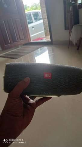 JBL CHARGER 4