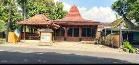 DiJual Calon Caffee Konsep Joglo Mangku Jl.Raya Manthous playen GK