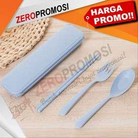 Sendok Garpu Plastik Portable Travel Set Alat Makan Plastik Souvenir
