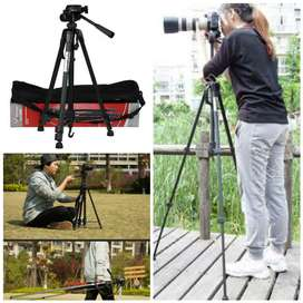 Free Home Delivery - 5.5 feet Strong Professional Tripod DSLR mobile