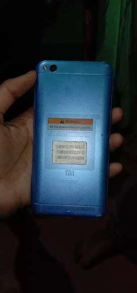 Koy problem nahi ha 3:32 ha or charger bill box nahi ha redmi 5a ha