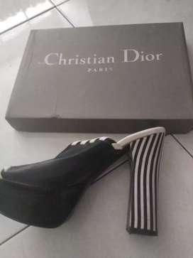 Jual sandal Christian dior