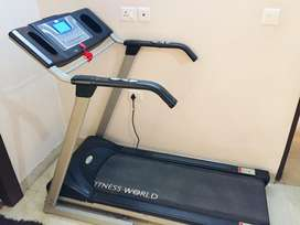 Motorized treadmill in excellent condition