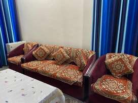 5 seater sofa in good condition for sale p