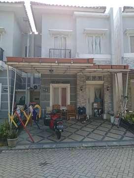 Dijual/Over kredit Rumah 2 lantai (The Green Residence)