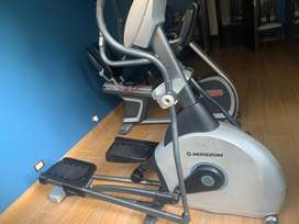 An elyptical cross trainer