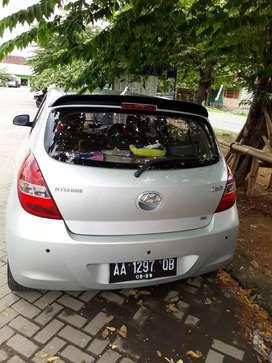 Dijual Hyundai i20 tipe SG thn 2011