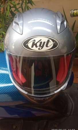Helm KYT RC7 fullface