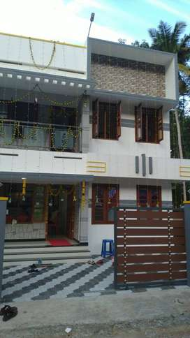 FURNISHED 4BHK NEAR TRINITY COLLEGE NARUVAMOOD PRAVACHAMBALAM FOR RENT