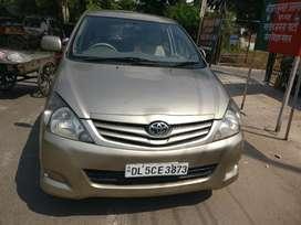 Toyota Innova 2.5 G BS IV 8 STR, 2011, Diesel