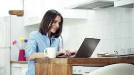 Female Article Writer Required / Creative Content Writer - Online