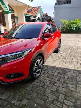 HR-V 1,5 Tipe E warna Merah 2019
