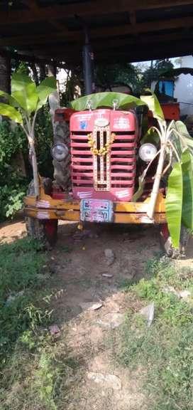 Mahindra surpanch275