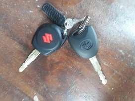 Sewa mobil lepas kunci atau dengan sopir