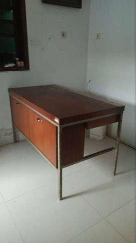Meja Kerja atau Belajar Antik Jati Tua Kuno