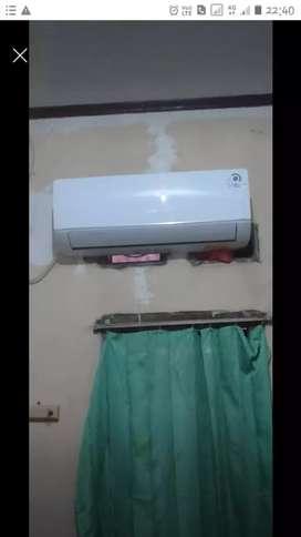Ac gree 1/2pk daya listrik 330watt