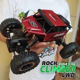 Mainan RC Mobil Rock Crawler Climber SKALA 1:14 4x4 Off-Road 2.4ghz