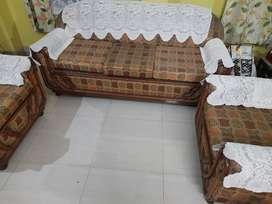 6 Seter sofa set for good condition