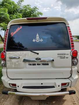 Mahindra Scorpio VLX Airbags BS III, 2013, Diesel